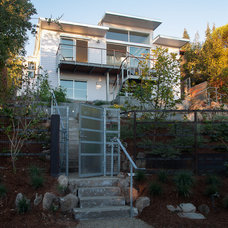 Modern Exterior by Jetton Construction, Inc.
