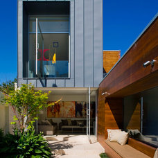 Contemporary Exterior by Coy Yiontis Architects