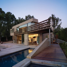 Contemporary Exterior by Griffin Enright Architects