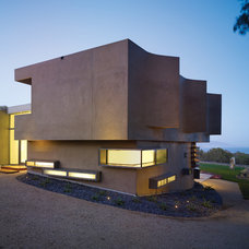 Modern Exterior by Griffin Enright Architects