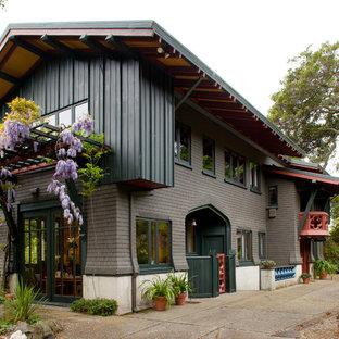 Стильный дизайн: дом в стиле кантри с облицовкой из бетона - последний тренд