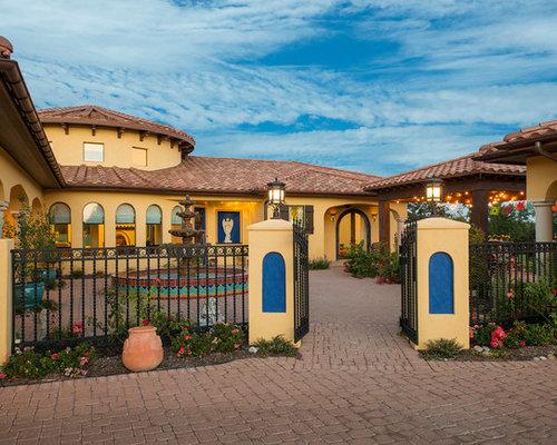East texas hacienda ranch for Case in stile ranch hacienda