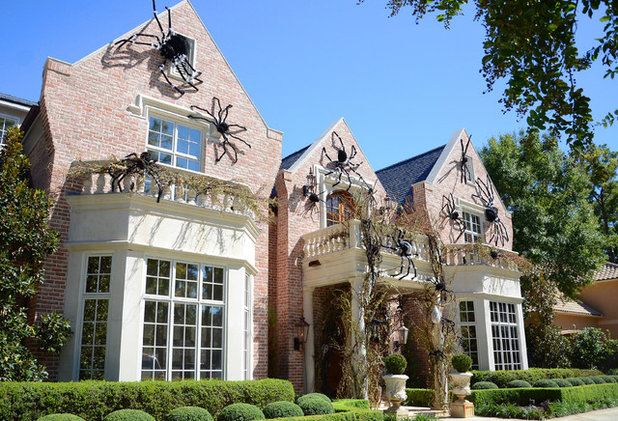 Traditional Exterior by Regina Gust Designs