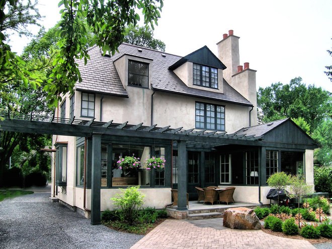 Traditional  by Michael Abraham Architecture