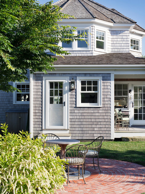 Light gray shingles home design ideas pictures remodel for Shingle style siding
