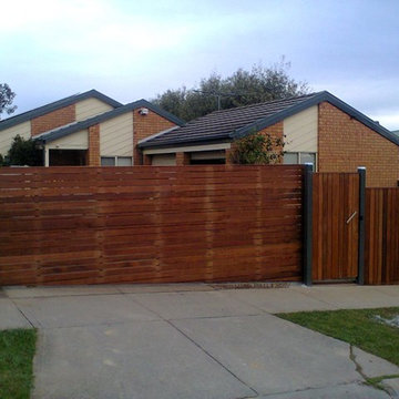 Hardwood Fence with Steel Frame and Automatic gate