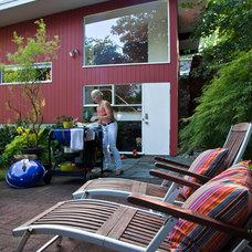 Midcentury Exterior by Matthew Cunningham Landscape Design LLC