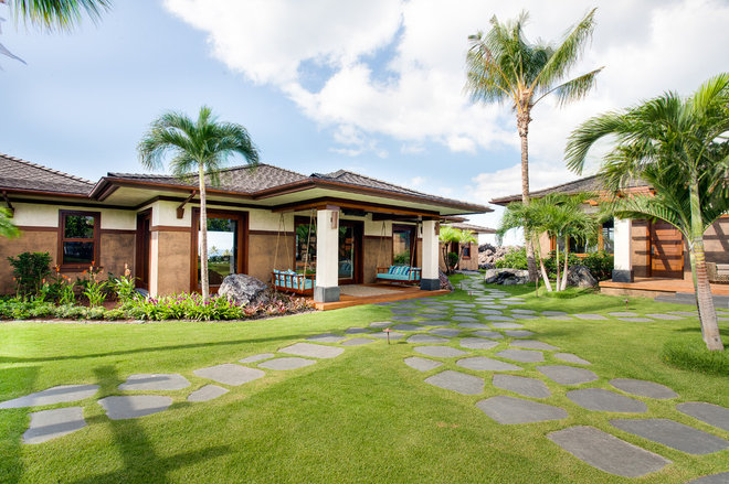 Tropical Exterior by Norelco Cabinets Ltd