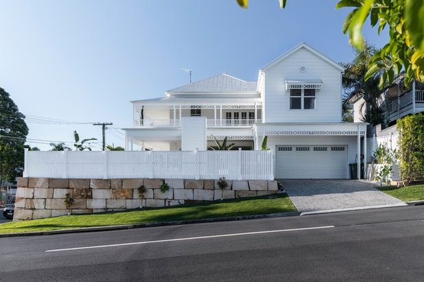 Beach Style Exterior by Big House Little House