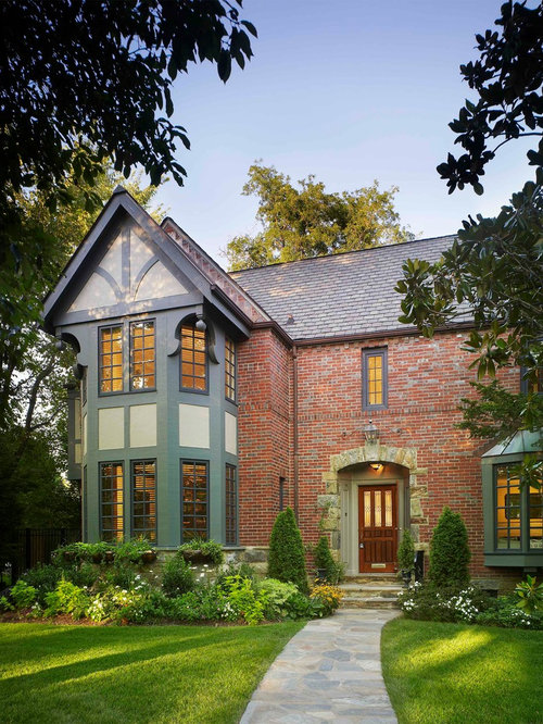 Red brick and vinyl siding houzz for Brick traditional homes