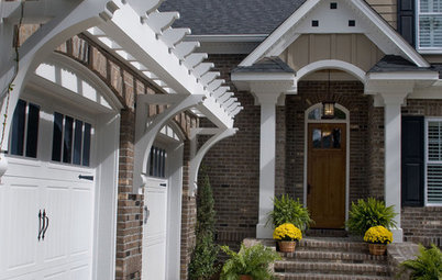 Pergolas Pump Up Curb Appeal