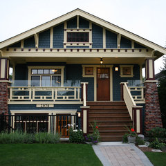 traditional exterior by Kenorah Construction & Design Ltd
