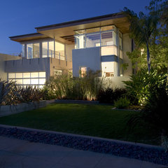 modern exterior by Michael Lee Architects