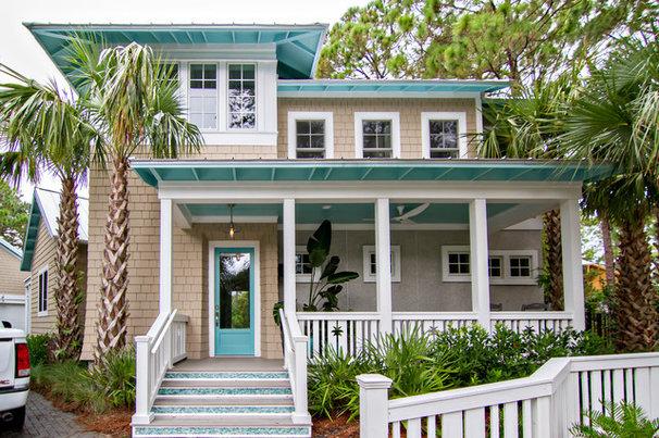 Tropical Exterior by Glenn Layton Homes
