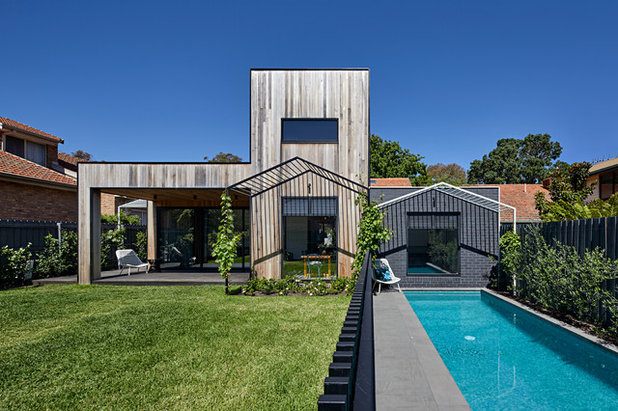 Contemporary Exterior by MANI ARCHITECTURE