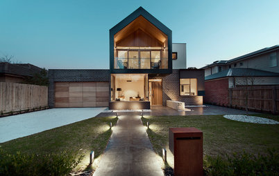 Houzz Tour: A Modern Gable Design for 3 Generations