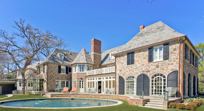 Traditional Exterior by J Wilson Fuqua & Assoc. Architects