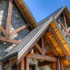 Traditional Exterior by Kettle River Timberworks Ltd.