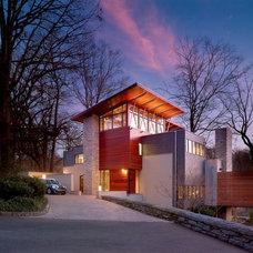 Contemporary Exterior by McCoubrey/Overholser, Inc.