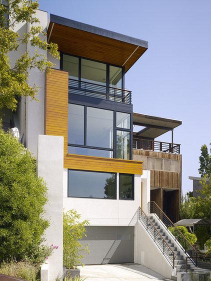 Modern Exterior by John Maniscalco Architecture