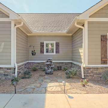 Hill Top: One Level Craftsman Home