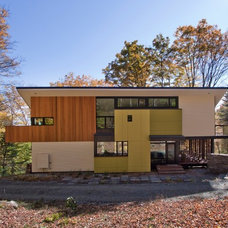 Modern Exterior by Gossens Bachman Architects