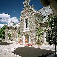 Traditional Exterior by E. B. Mahoney Builders, Inc.