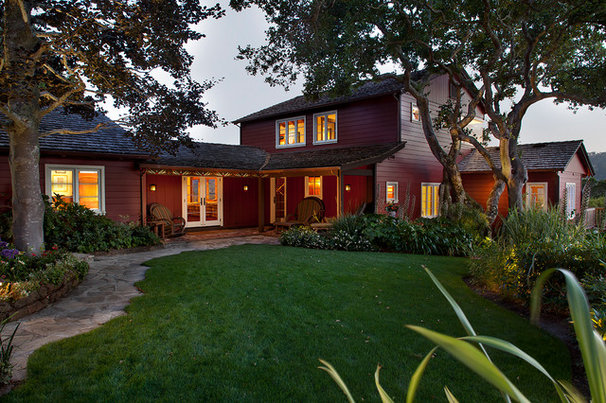 Traditional Exterior by Geoffrey Butler Architecture & Planning