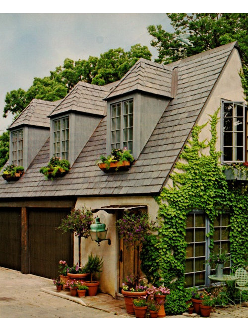One Story Hip Roof Addition Ideas To Two Story Farmhouse: Our 25 Best Small Traditional Exterior Home Ideas & Designs