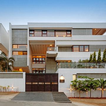 HKS House Designed By SDEG