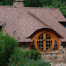 Rustic Exterior by Archer & Buchanan Architecture, Ltd.