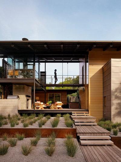 Contemporain Façade by Lake Flato Architects