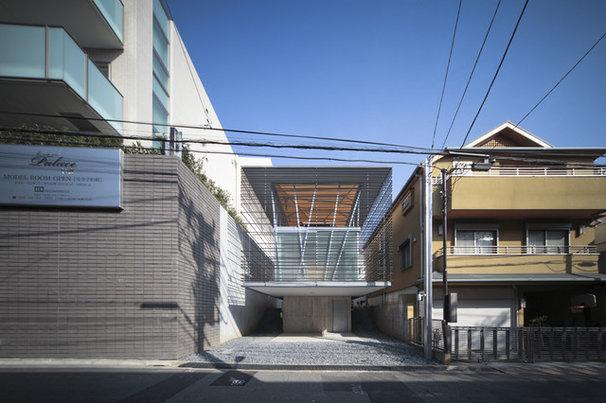 Contemporary Exterior Hojo