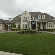 Traditional Exterior by Robert Lucke Homes