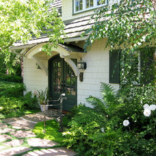 Traditional Exterior by The Aldrich Company - Landscape Design