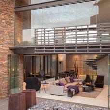Contemporary Exterior by Nico van der Meulen Architects