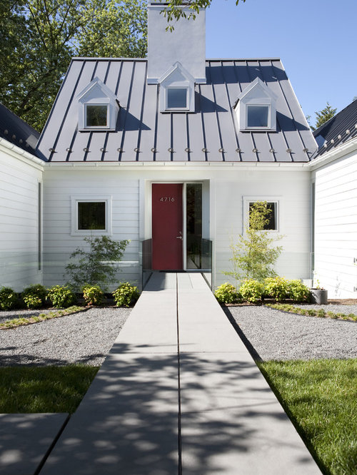 Inspiration for a large transitional white one-story gable roof remodel in DC Metro with & Charcoal Roof | Houzz memphite.com