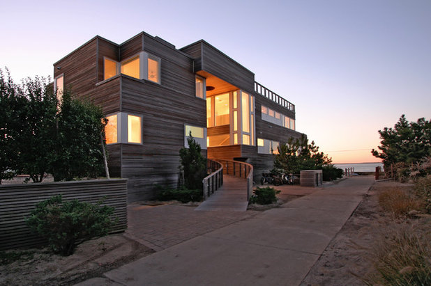 Modern Exterior by Resolution: 4 Architecture