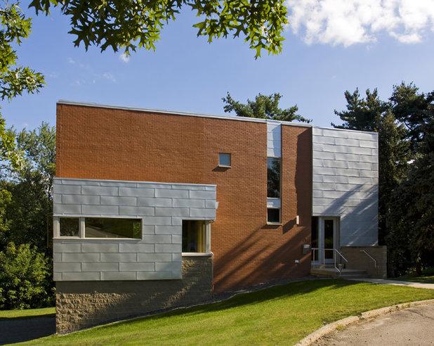 Exterior materials mix it up for Modern exterior building materials