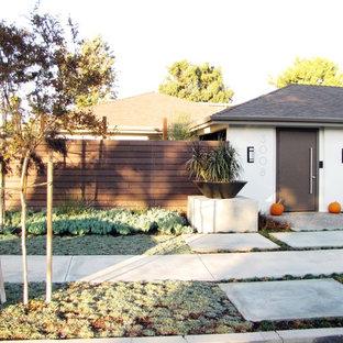 1950s exterior home photo in Orange County