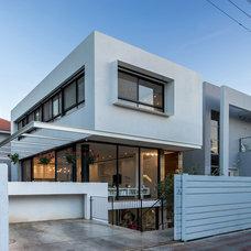 Modern Exterior by Daniel Arev Architecture Studio