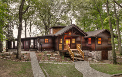 Houzz Tour: Renovation Preserves Memories in a Rustic Lake Cabin