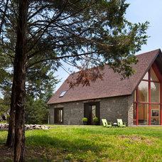 Contemporary Exterior by Barlis Wedlick Architects, Hudson River Studio
