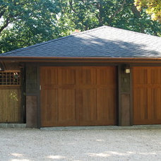 Craftsman Exterior by Hoffman Grayson Architects LLP