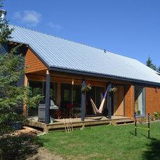 Beach Style Exterior Huron Cottage Barn