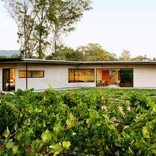 Modern Exterior by Schwartz and Architecture