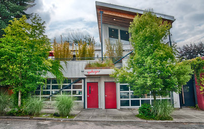 My Houzz: Mixed-Use Oregon Home Serves and Charms