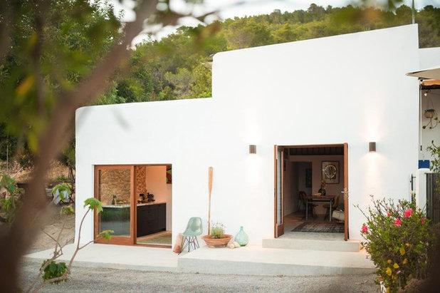 Mediterráneo Fachada by Ibiza Interiors   architect & interior designer