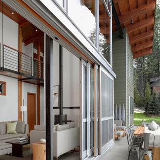 Неиссякаемый источник вдохновения для домашнего уюта: зеленый дом в современном стиле