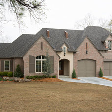 Transitional Exterior by Insight Homes, Inc.